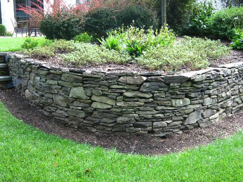 Landscape retaining walls in bergen county and northern nj for Landscape retaining wall design
