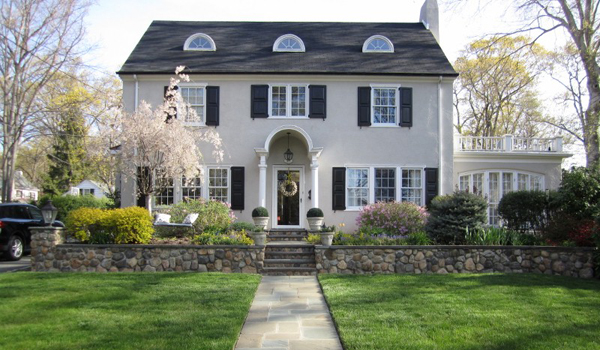 Front Yard Landscaping in Bergen County, NJ