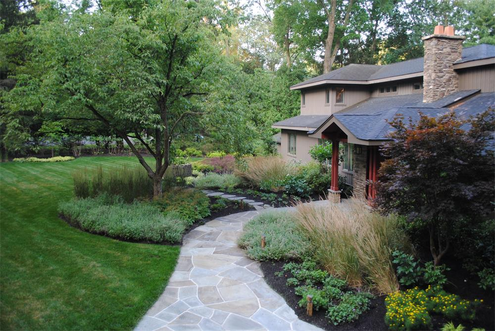 Landscaper in Bergen County, NJ